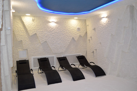 A speleocamera, a halochamber with sunbeds, a medical spa procedure recreates the microclimate of salt caves, the air is saturated with sodium chloride ions for relaxation, rest improving health