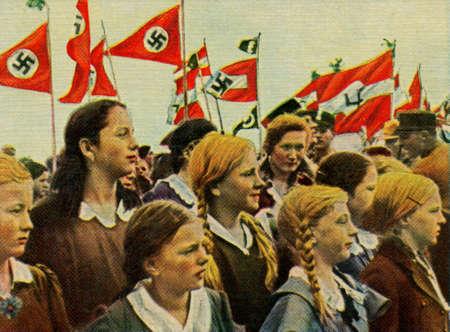 adolf hitler: CIRCA. 1933: Rare German vintage cigarette card from ca. 1933 Kampf ums Dritte Reich album.