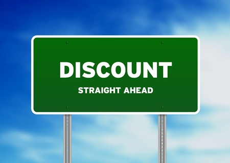 High resolution graphic of a green discount highway sign on Cloud Background.  Banque d'images
