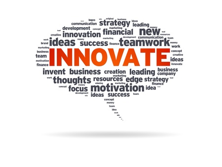 Speech bubble with the word innovate on white background. Foto de archivo