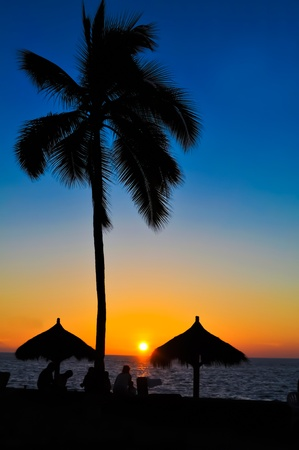 cabana: Beautiful tropical summer sunset in a tropical country