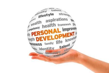 personal identity: Mano que sostiene una esfera en 3D de Desarrollo Personal en el fondo blanco. Foto de archivo
