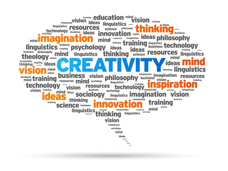 Creativiteit woord tekstballon illustratie op witte achtergrond.
