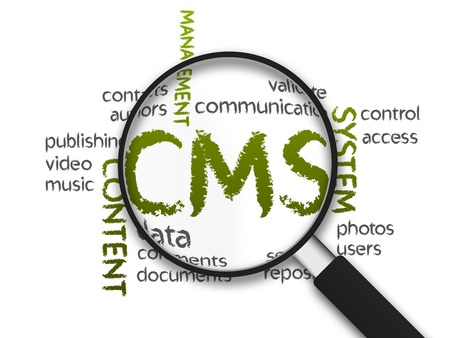 cms: Magnified Content Management Systeem woord illustratie op witte achtergrond. Stockfoto