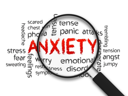 ansiedad: Ansiedad ampliada ilustración palabra sobre fondo blanco. Foto de archivo