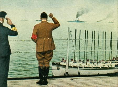 CIRCA 1933: Rare German vintage cigarette card from the 1933 Der Staat der Arbeit und des Friedens album, Part 2, Picture 290. Stock Photo - 19997031
