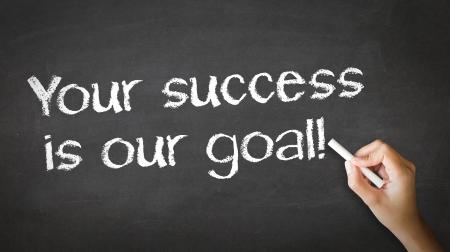 그림과 당신의 성공을 가리키는 사람은 우리의 목표 분필 그림입니다