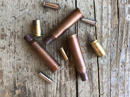 Bullet casings from a variation of guns and rifles 版權商用圖片