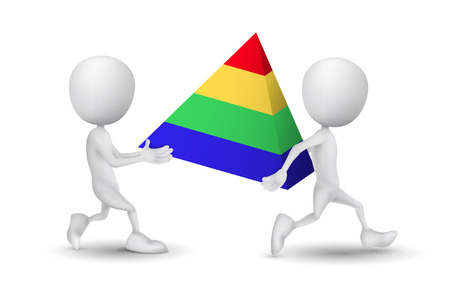 piramide humana: dos personas realizaron un modelo de la pirámide
