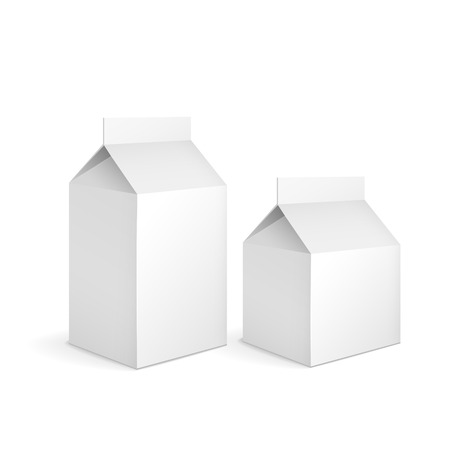carton de leche: envases de cart�n de leche en blanco aislado en blanco