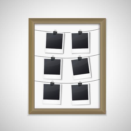 bordering: marco de madera con fotos en el interior sobre fondo blanco