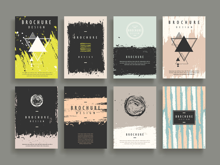 attractive brochure template design set with geometric and brush stroke elements Vettoriali