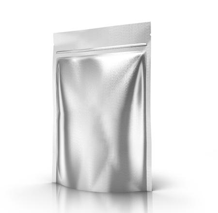 空白の 3 d を右傾きホワイト バック グラウンド側のビューを分離した設計要素用空白シルバー ジッパー袋をレンダリングします。