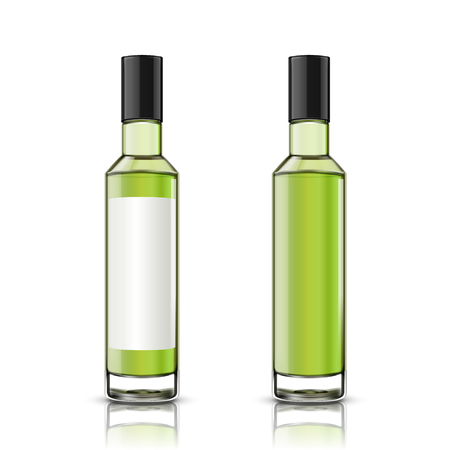 Set of glass bottle, one with blank label the other without on white background in 3d illustration Banque d'images - 111636697