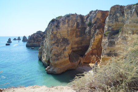 Portuguese landscape - Sea and rocks - South of Portugal - View (Sight) horizontal