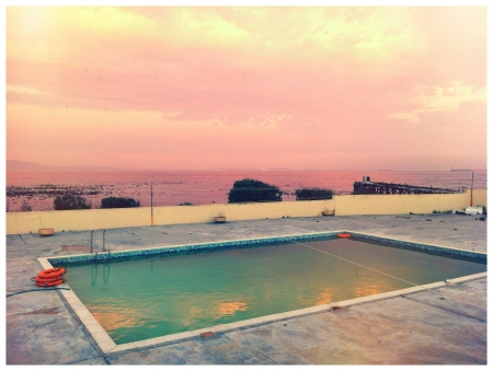 robben island: Pool and Ocean side Robben Island Cape Town