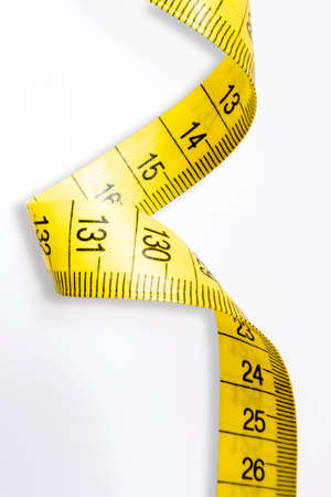 Tape measure to measure the body.