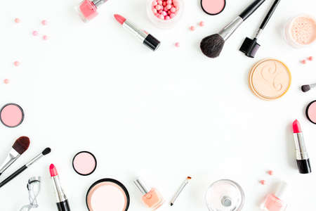 Professional decorative cosmetics, makeup tools on white background with copy space for text. Flat composition beauty, fashion. flat lay, top view Banque d'images