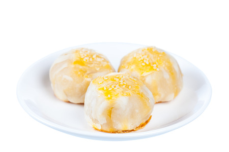 bene: Chinese pastry or moon cake, Traditional Thai cake on dish, Taiwan delicious dessert, shot in studio, isolated on white background