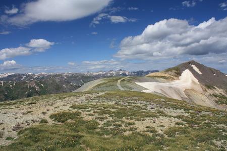 cima montagna: Road to cima della montagna