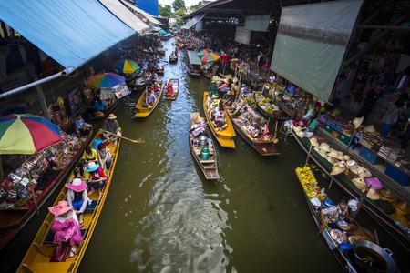 march� flottant: march� flottant