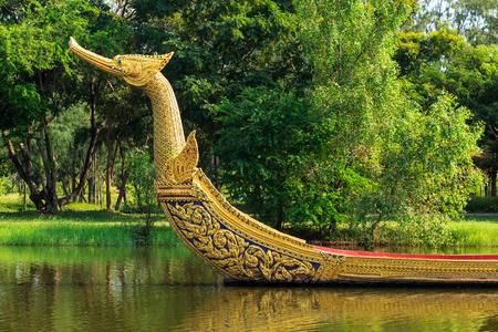 king palace: Royal Barge Suphannahong king palace