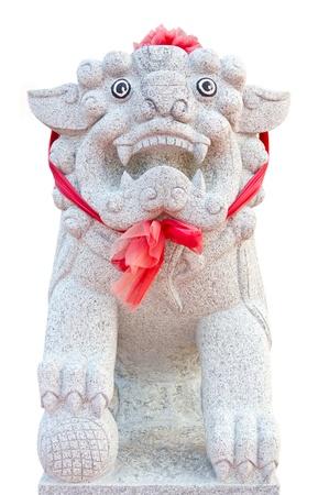 growl: white marble lion carves to growl
