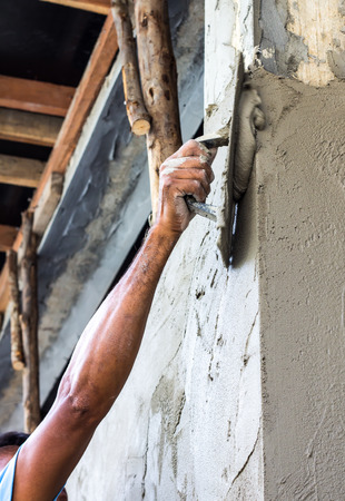 Plastering the poles of the Craftsman house of arms reach  photo