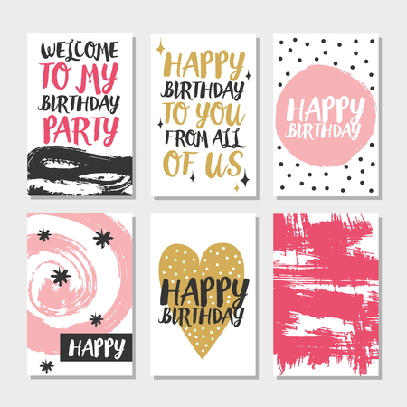 Conjunto de 6 tarjetas creativas lindo plantillas con diseño del tema de feliz cumpleaños. Hand Drawn tarjeta para el cumpleaños, aniversario, invitaciones del partido, álbum de recortes. ilustración vectorial