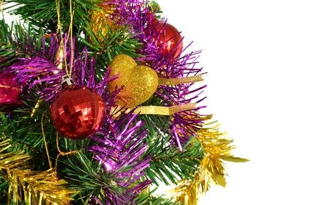 Decoração colorida árvore de Natal isolada no branco