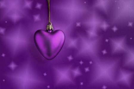 Coração de lavanda e fundo roxo