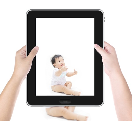 Take a photo of baby by tablet PC