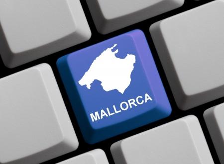 Keyboard Map - Mallorca Stock Photo - 13956130