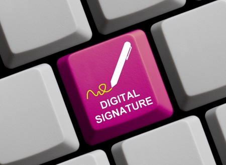 Digitale handtekening online roze Stockfoto
