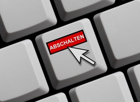 achievable: Computer keyboard with mouse arrow showing turn off in German language