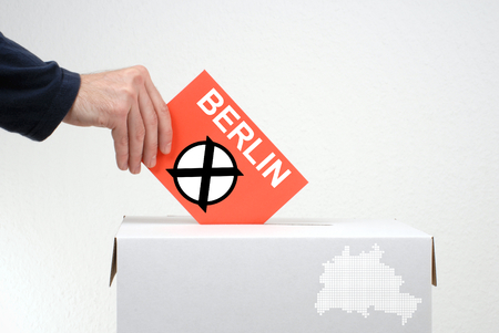senate elections: Elections in Berlin - Ballot Box and red envelope