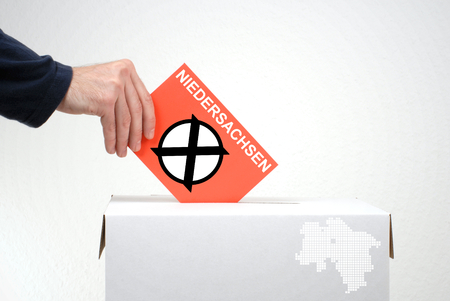 balloting: Elections in german region Niedersachsen - Ballot Box and red envelope