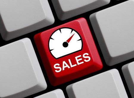 Bunte Computertastatur zeigt Geschwindigkeitsmesser: Verkäufe