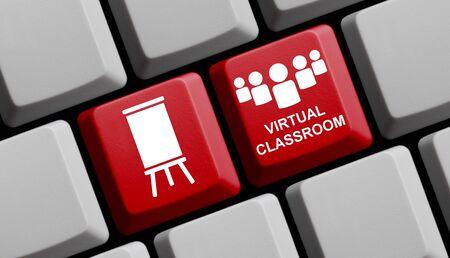 Rote Computertastatur, die das Konzept des virtuellen Klassenzimmers zeigt