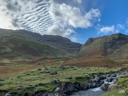 Cirrocumulus clouds at the end of the valley, Great Langdale Imagens