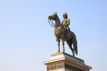 rama: Rama V statue in Bangkok.