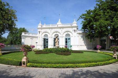 Classic building round garden. Stock Photo - 13996146