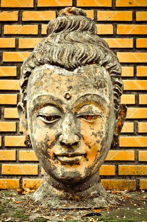 cabeza de buda: BUDDHA CABEZA