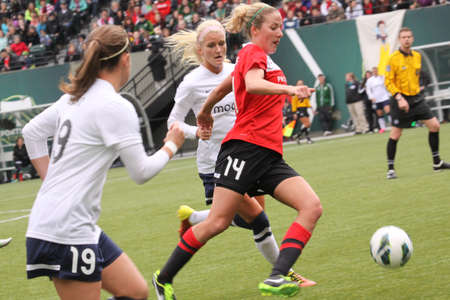 midfielder: Becky Edwards, midfielder for the Portland Thorns.
