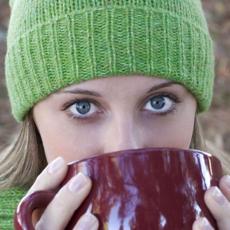 beanie: Drinking Woman