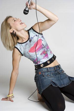 rockstars: Karaoke Girl Singing
