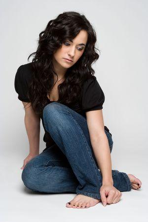 Mooie Jonge Meisje Zittend Stockfoto
