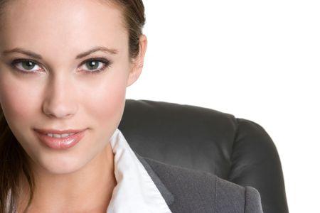 笑みを浮かべて美しい女性実業家