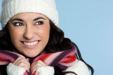 beanies: Hermosa mujer de invierno