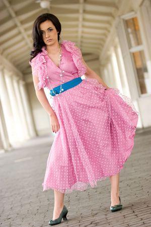 Moda Mujer en Pink Vestir Foto de archivo